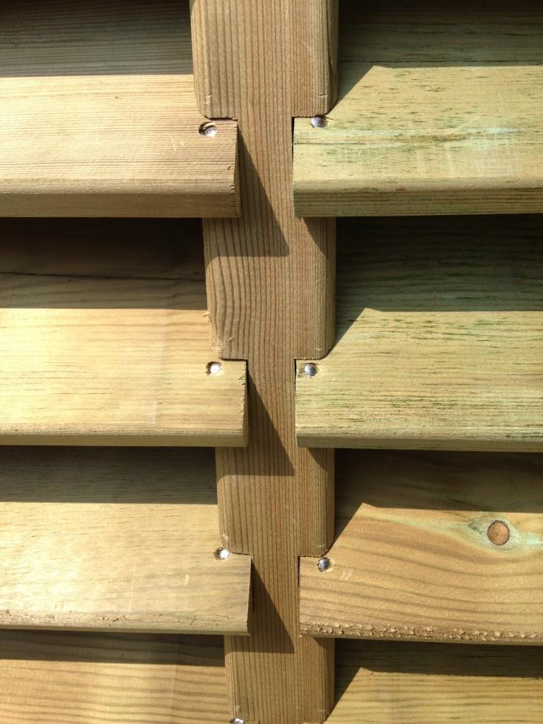 palissade aran palissades en bois sur mesure menuiserie de l 39 ouest. Black Bedroom Furniture Sets. Home Design Ideas