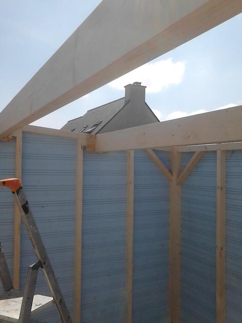Comment monter un abri de jardin menuiserie de l 39 ouest for Comment monter sur un toit